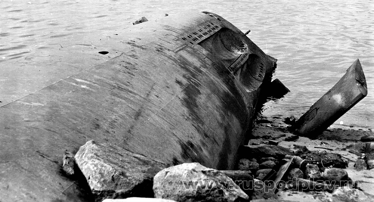 http://www.submarines.narod.ru/Substory/Fotos/5_611_79_dop01ni.jpg